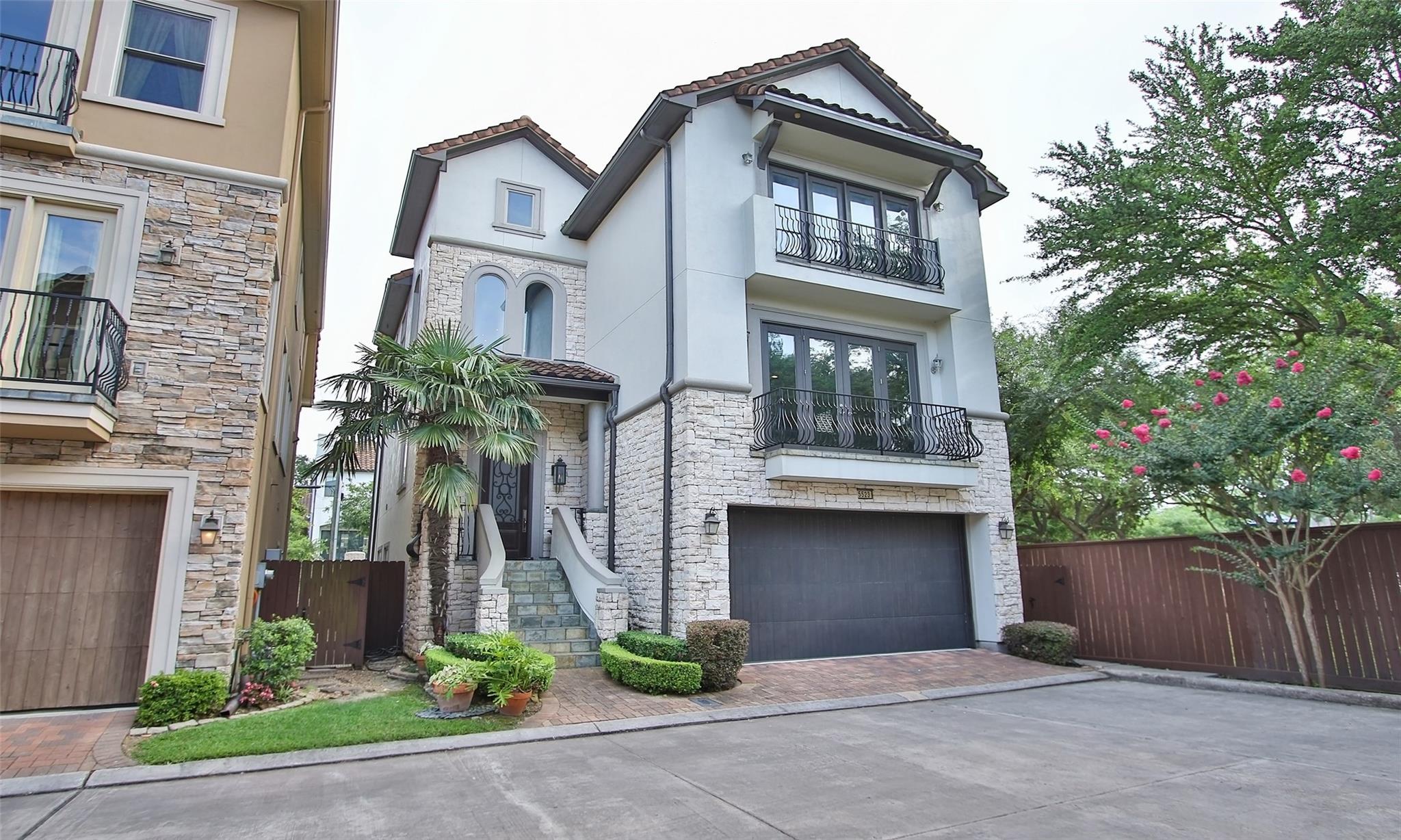 5523 Felice Drive Property Photo
