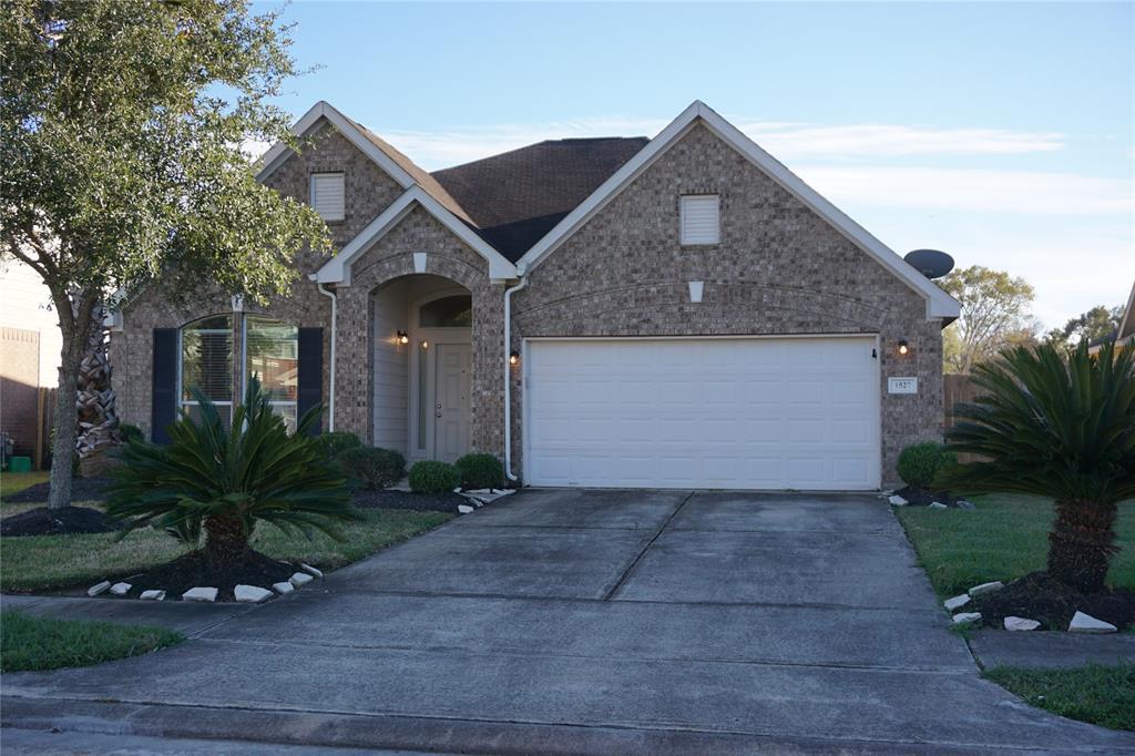 1527 Chandler Park Lane, Fresno, TX 77545 - Fresno, TX real estate listing
