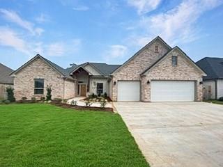 108 Creekside Lane Property Photo - Lake Jackson, TX real estate listing