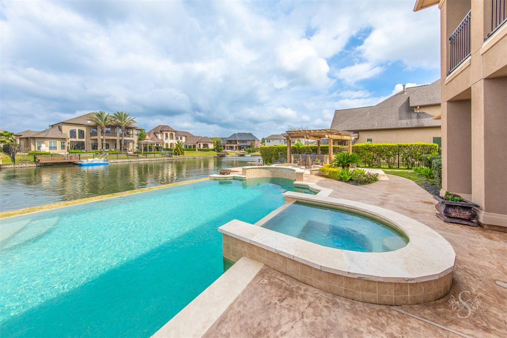 7514 EMERALD MEADOW CT Property Photo - Katy, TX real estate listing