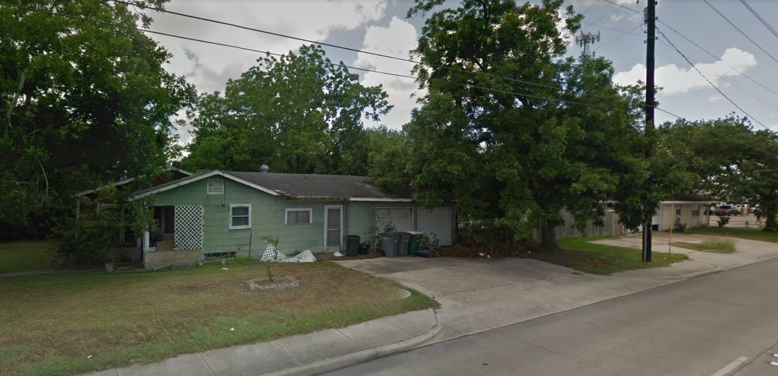 2501 E Mistletoe Avenue Property Photo - Victoria, TX real estate listing