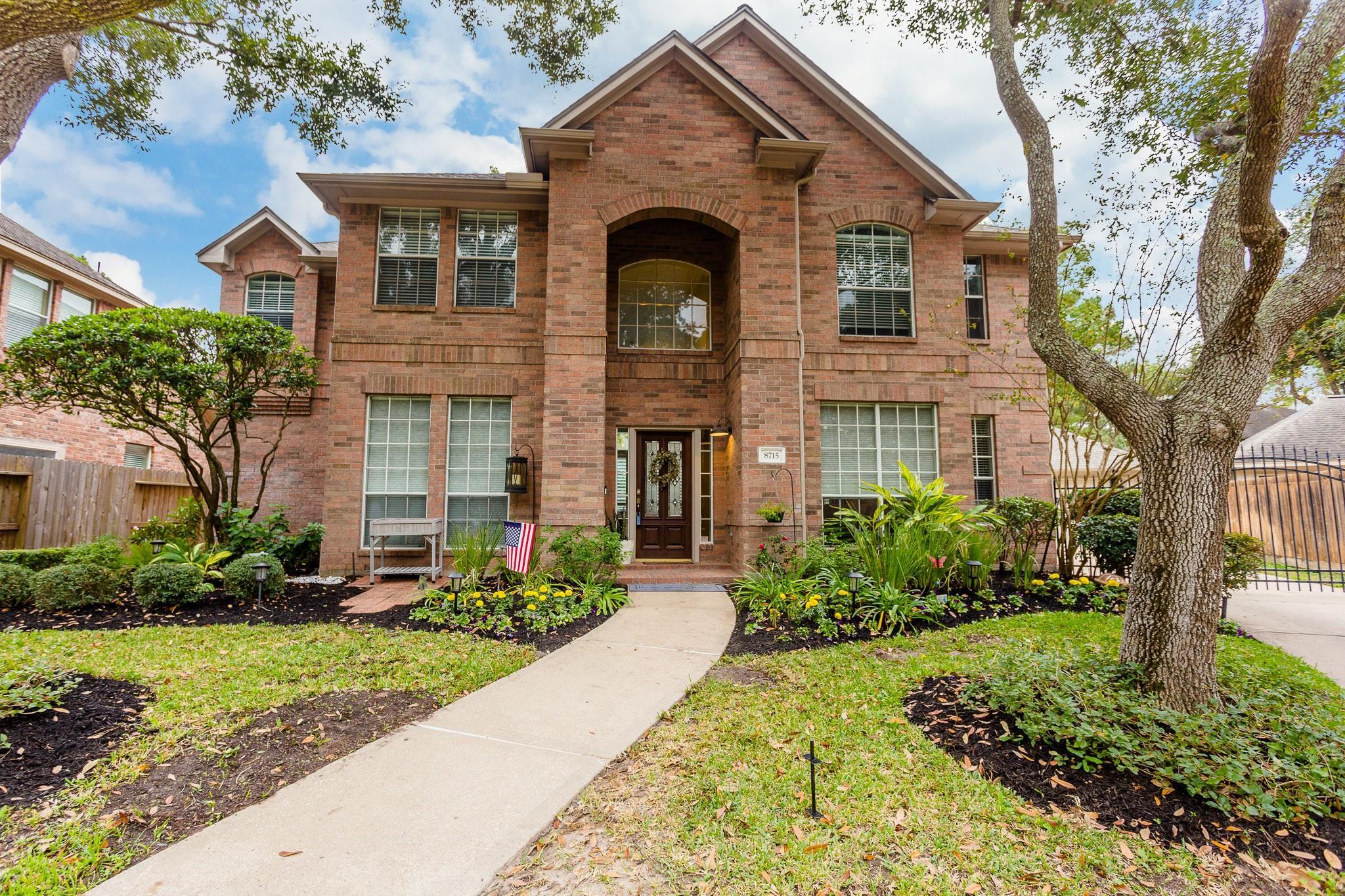 8715 Golden Chord Circle Property Photo - Houston, TX real estate listing