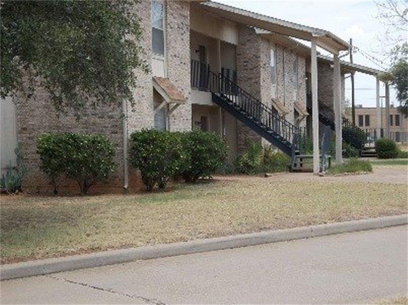 701 Stadium Drive Property Photo - Glen Rose, TX real estate listing