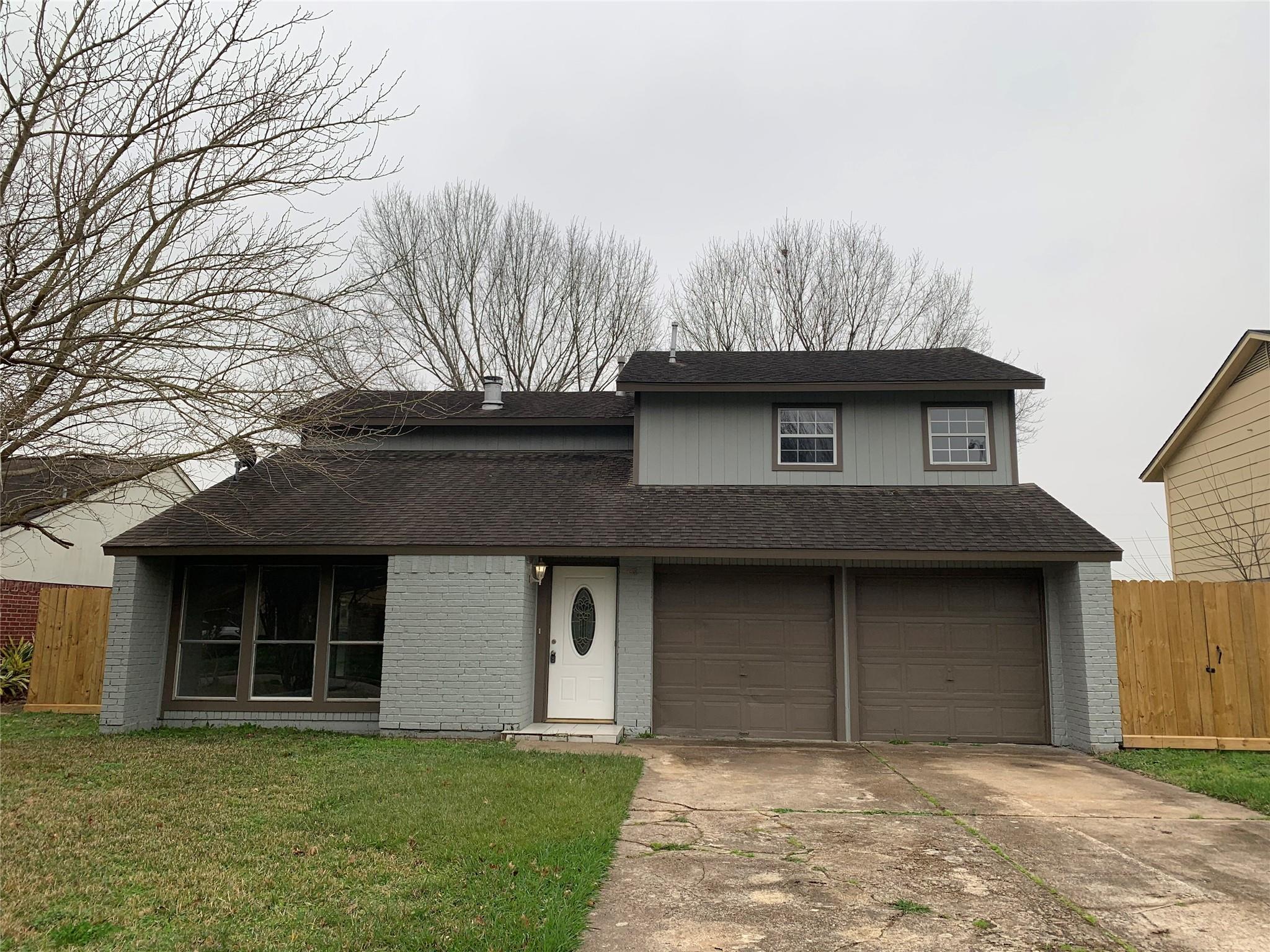 454 Tresvant Drive Property Photo - Houston, TX real estate listing
