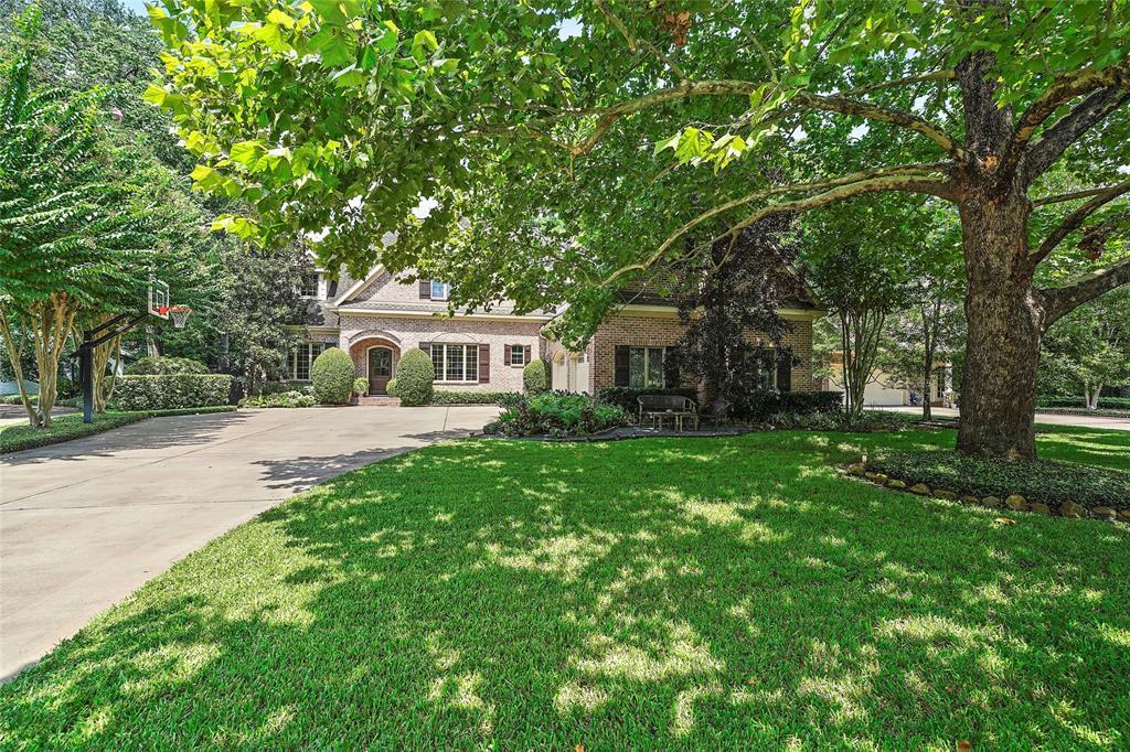 11756 Cawdor Way Property Photo - Hedwig Village, TX real estate listing