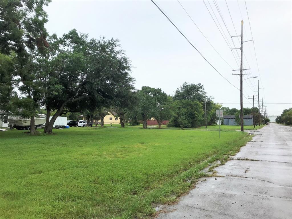 838 Dewalt Avenue Property Photo - Port Arthur, TX real estate listing