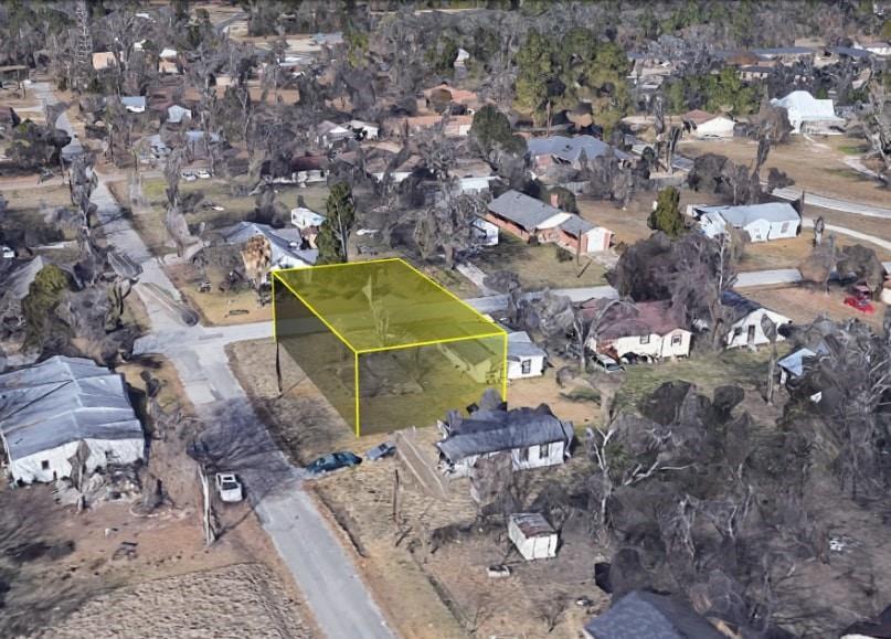 611 Hosea Dolphus Sr Avenue Property Photo - Lufkin, TX real estate listing