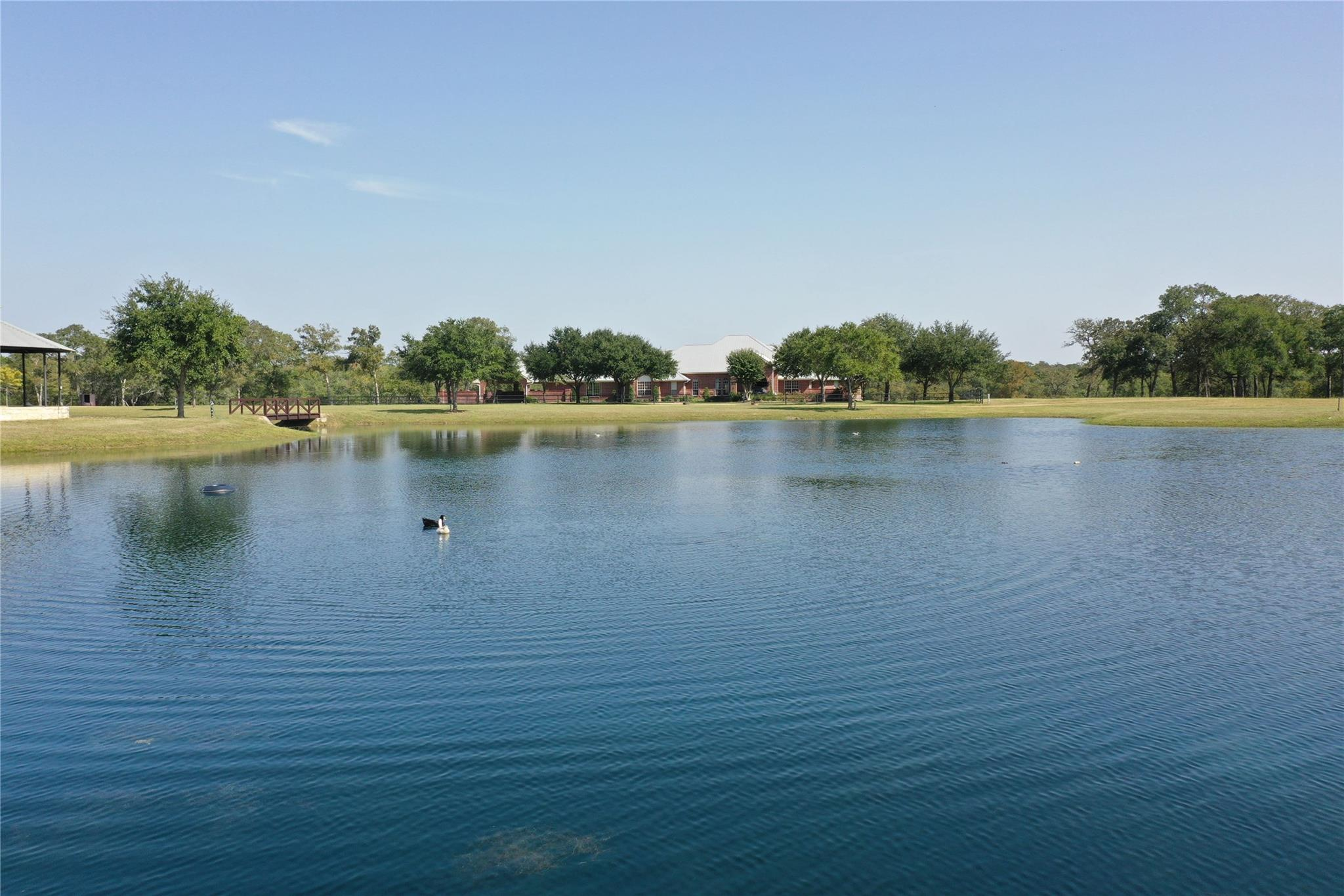 1039 Zimmerscheidt Road Property Photo - Columbus, TX real estate listing
