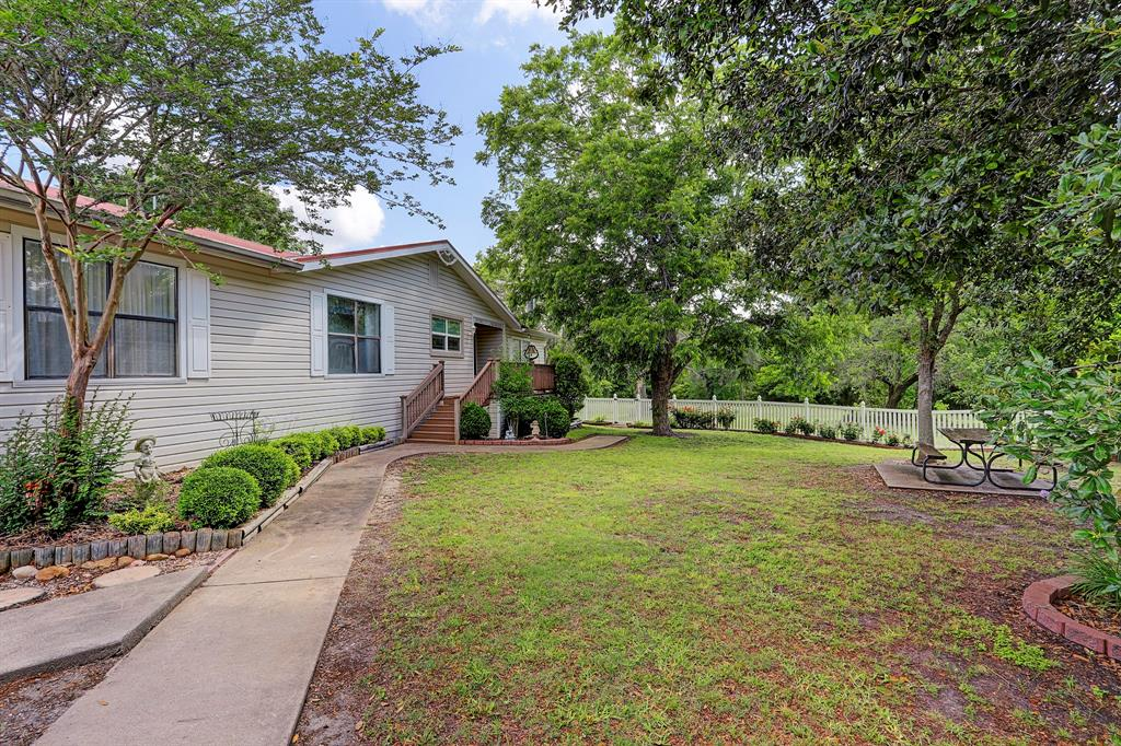 4999 Hranicky Road Property Photo - Schulenburg, TX real estate listing
