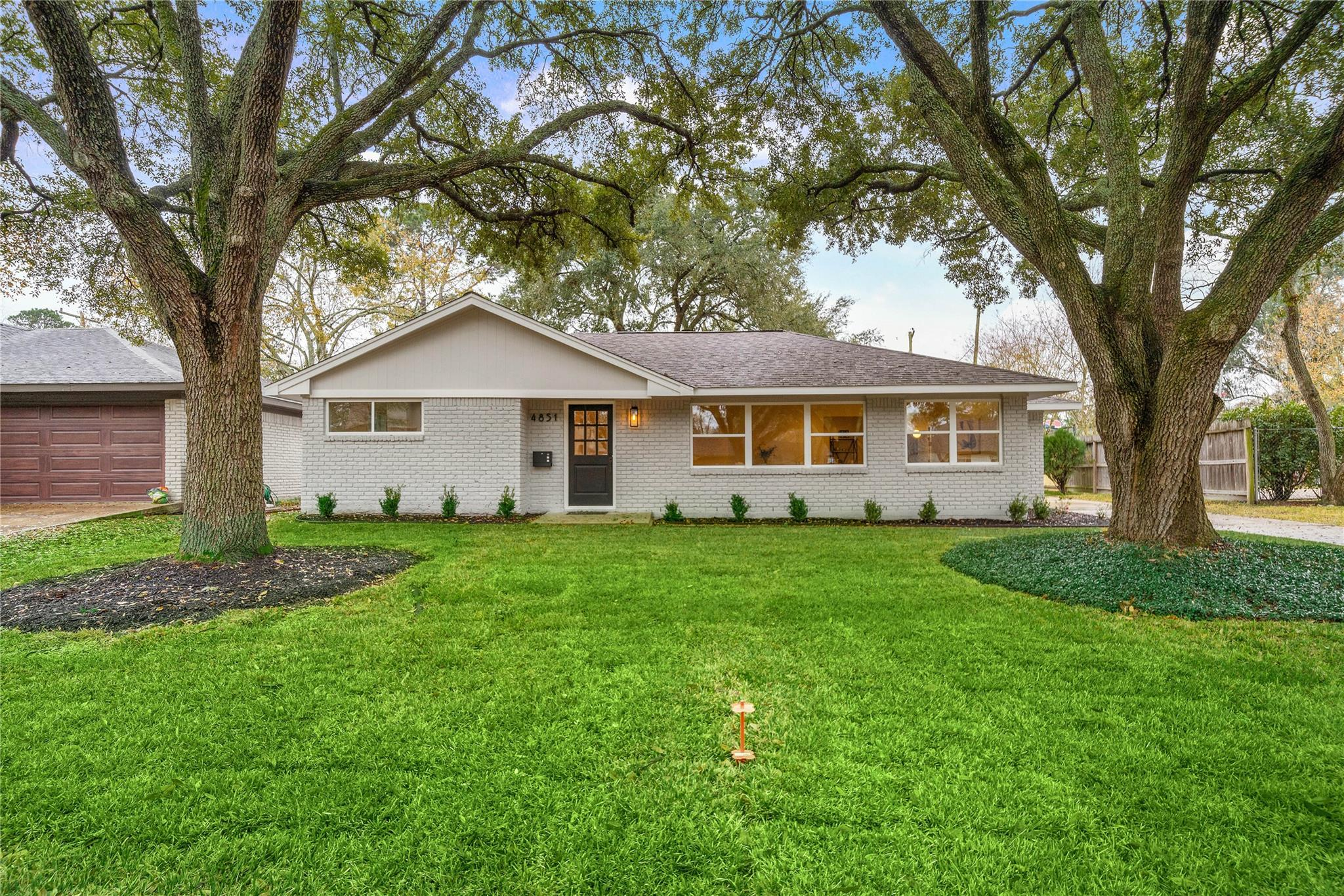 4851 Mcdermed Drive Property Photo - Houston, TX real estate listing