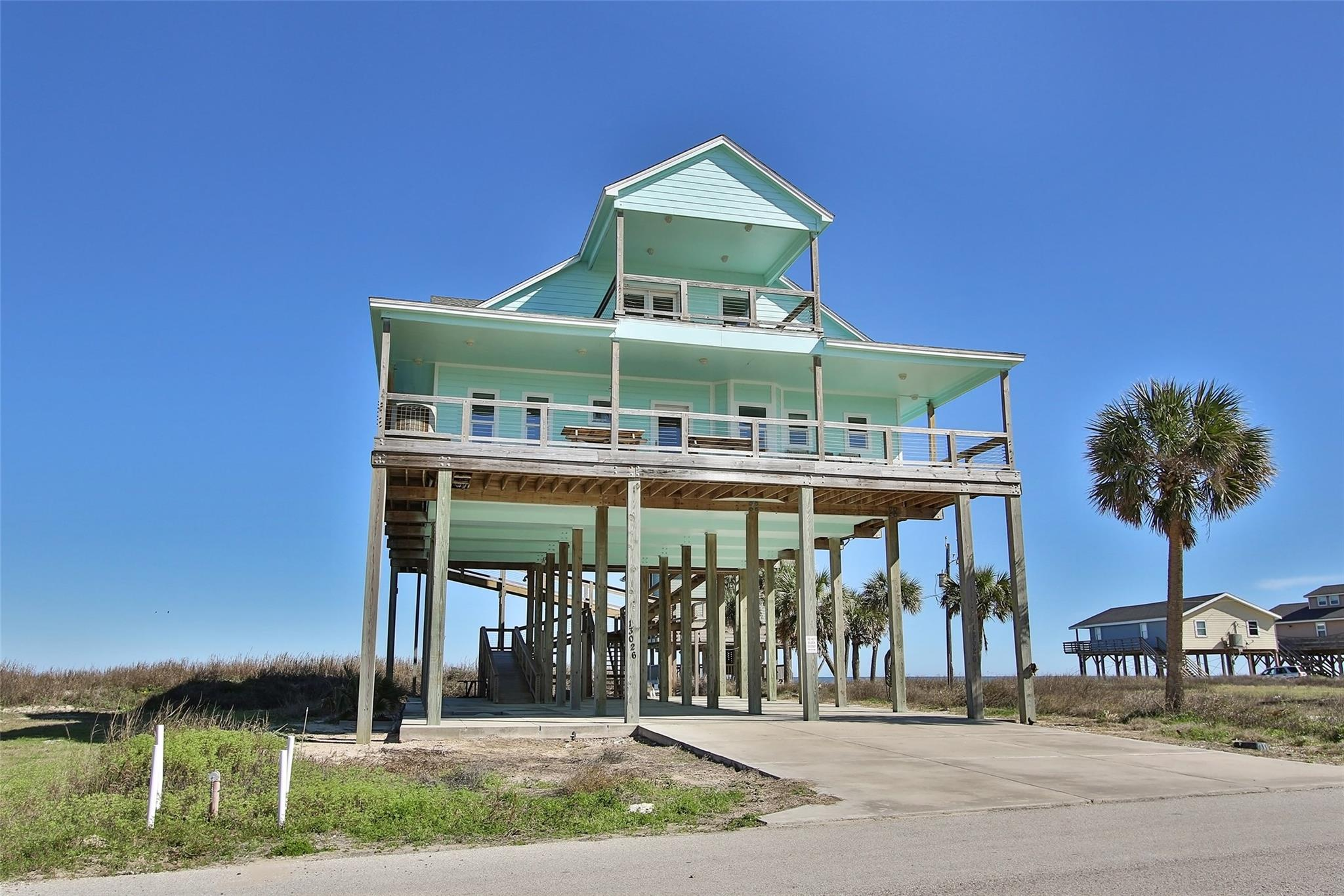 13026 Jolly Roger Drive Property Photo - Freeport, TX real estate listing
