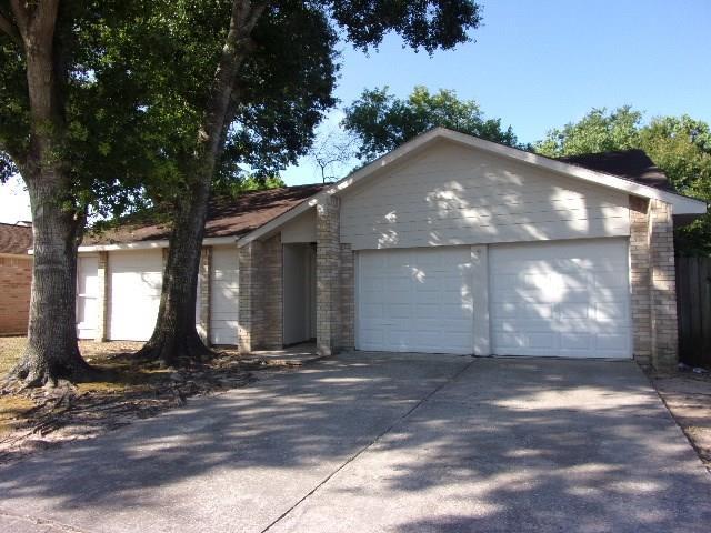 4727 Whispering Rock Lane, Spring, TX 77388 - Spring, TX real estate listing