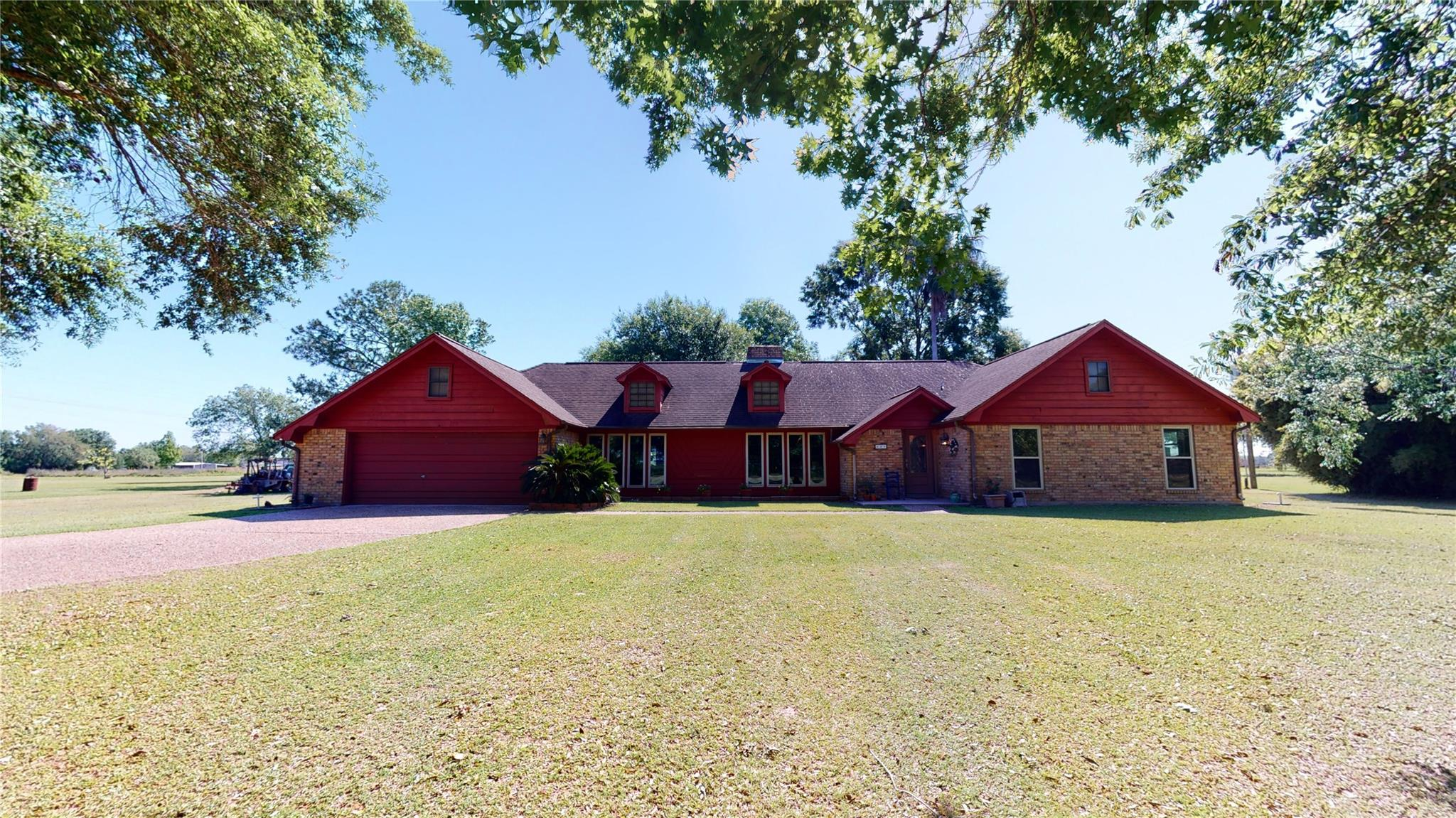 829 S Van Ostrand Lane Property Photo - Stowell, TX real estate listing