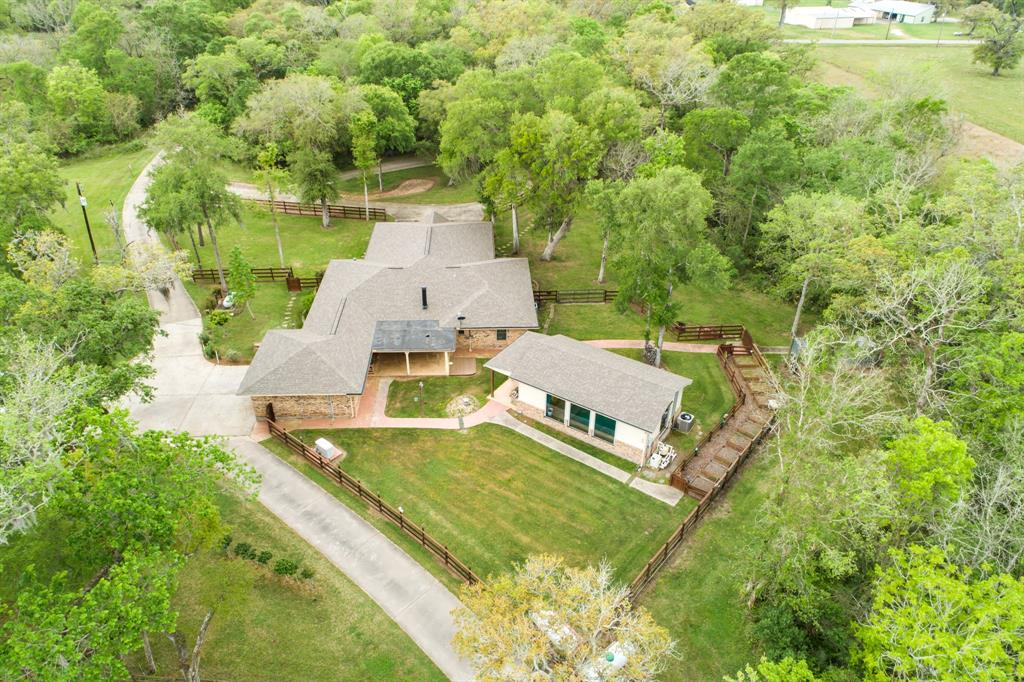 9483 County Road 628 Property Photo - Sweeny, TX real estate listing