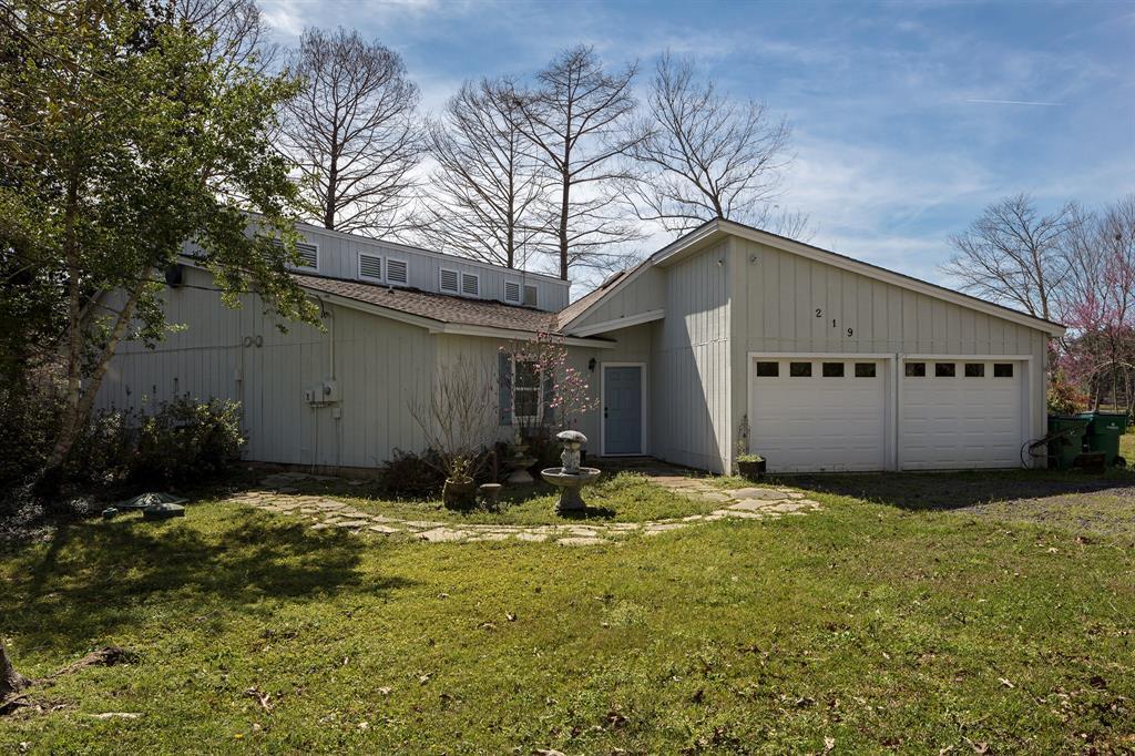 219 Hazel Property Photo - Village Mills, TX real estate listing