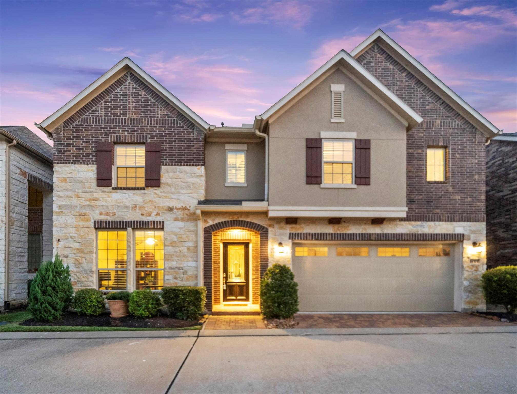 18311 Parkview Point Drive Property Photo - Houston, TX real estate listing