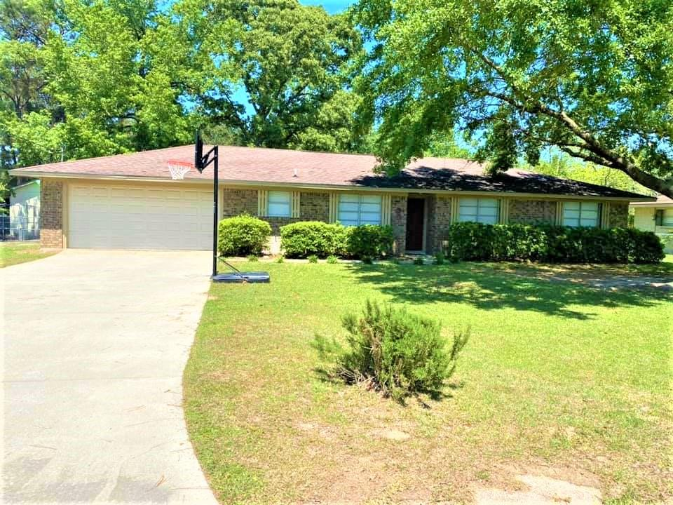 306 County Road 1230 Property Photo