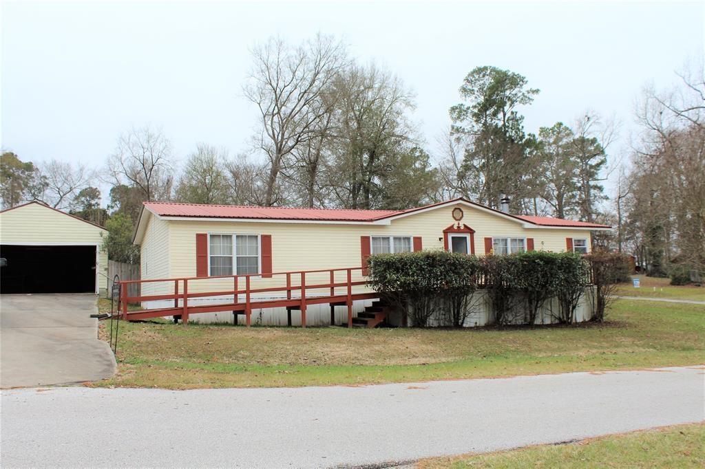 664 Lakeside Loop Property Photo - Trinity, TX real estate listing