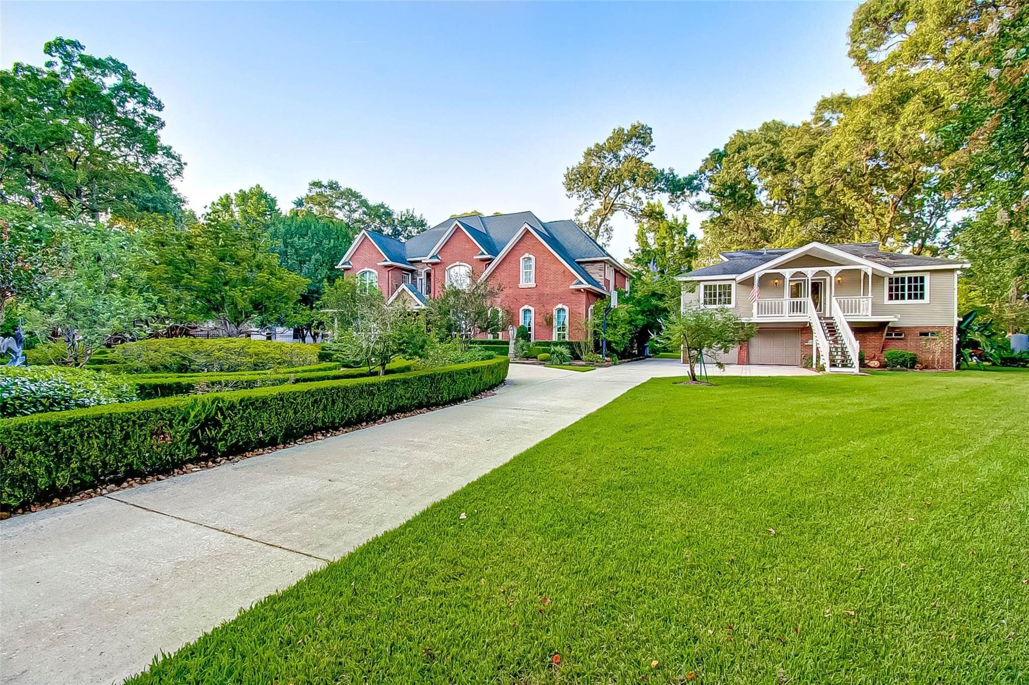 13518 Lakeside Terrace Drive Property Photo