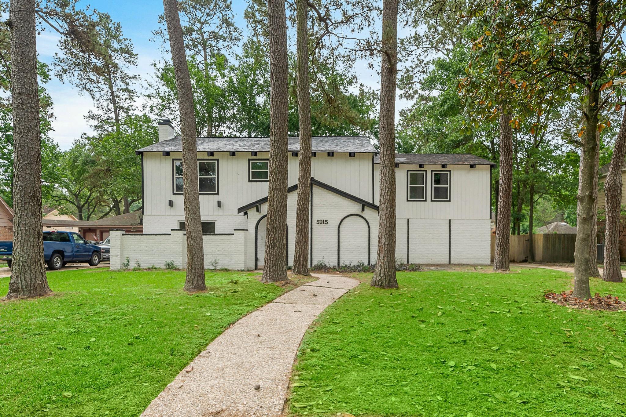 5915 Pine Arbor Drive Property Photo