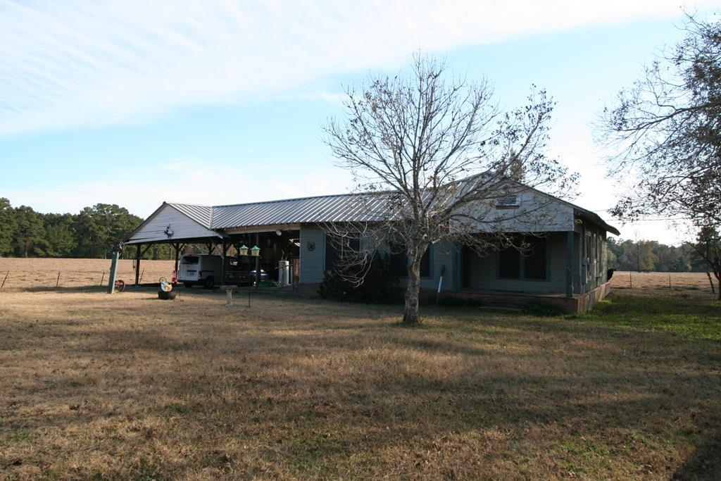 1616 Boulware Hudspeth Property Photo - Zavalla, TX real estate listing