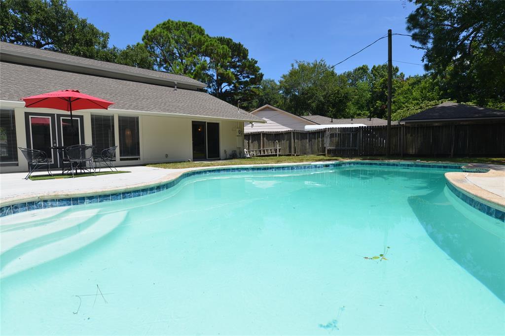1507 Lake Bank Court Property Photo - El Lago, TX real estate listing