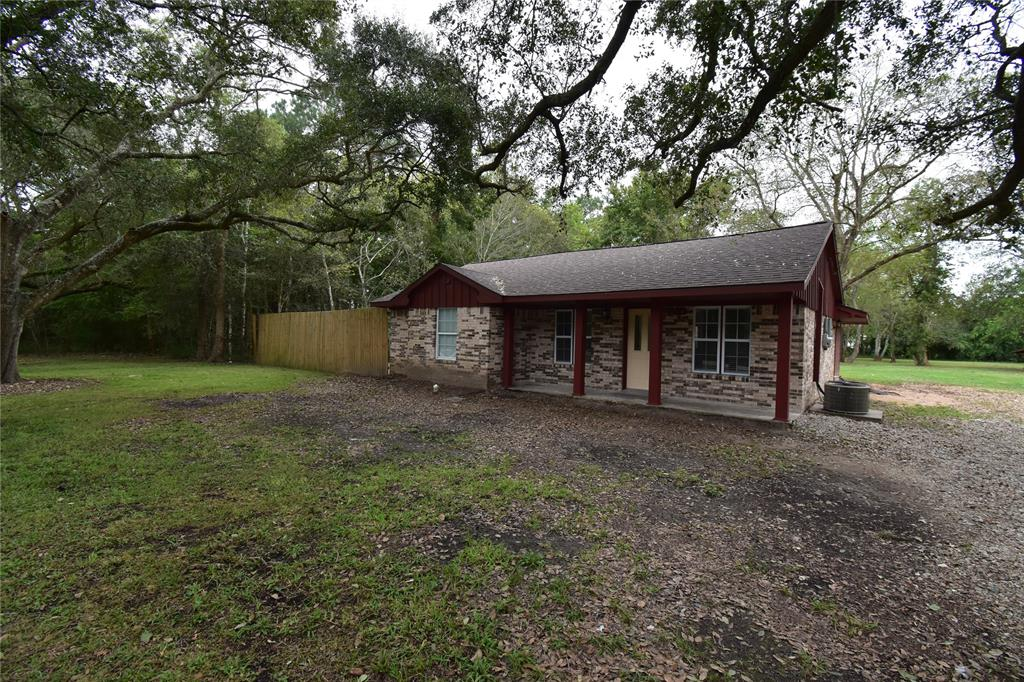 2914 Saint Anne Street, Liverpool, TX 77577 - Liverpool, TX real estate listing