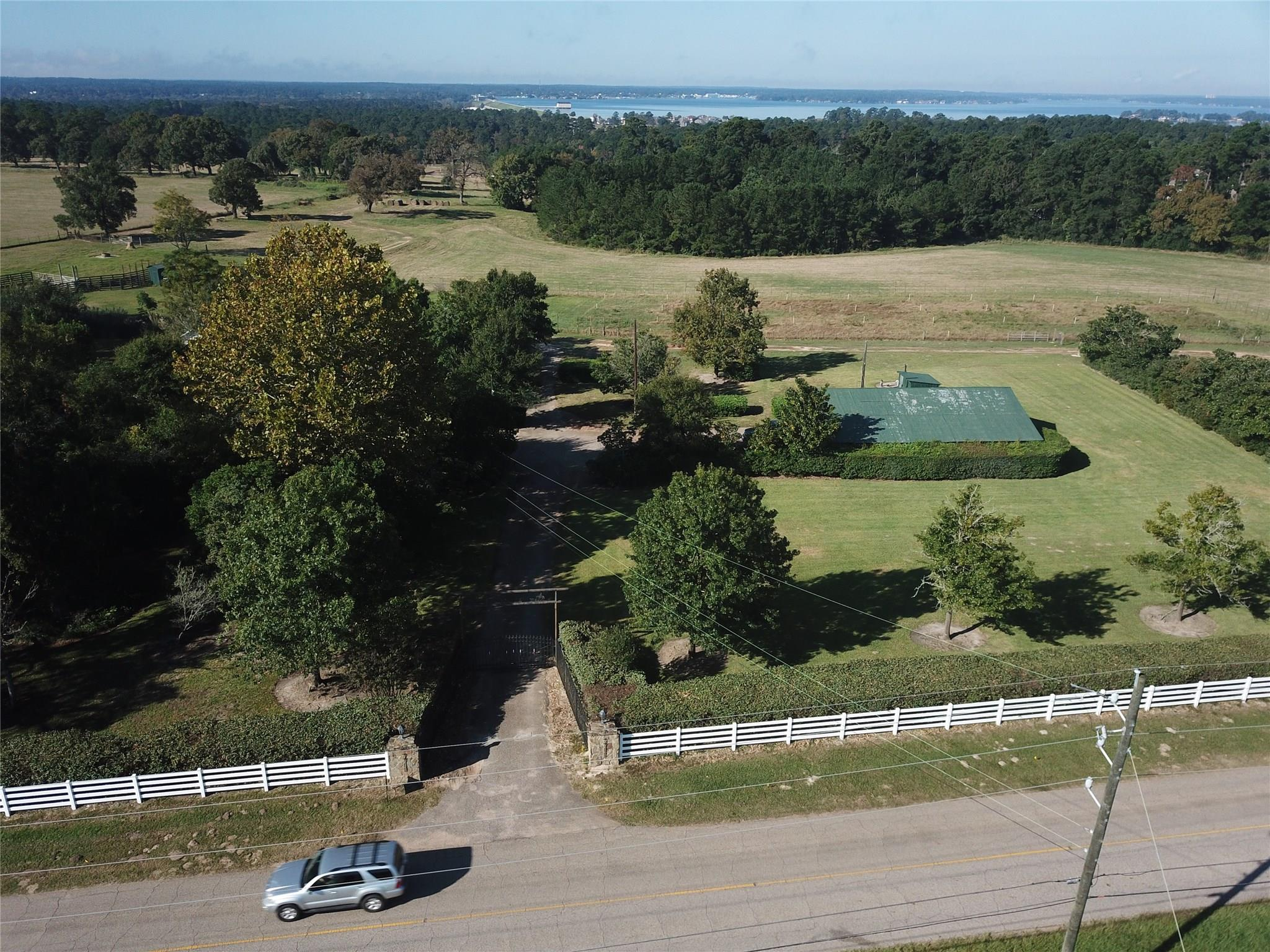 7711 Longmire Rd Road Property Photo - Conroe, TX real estate listing