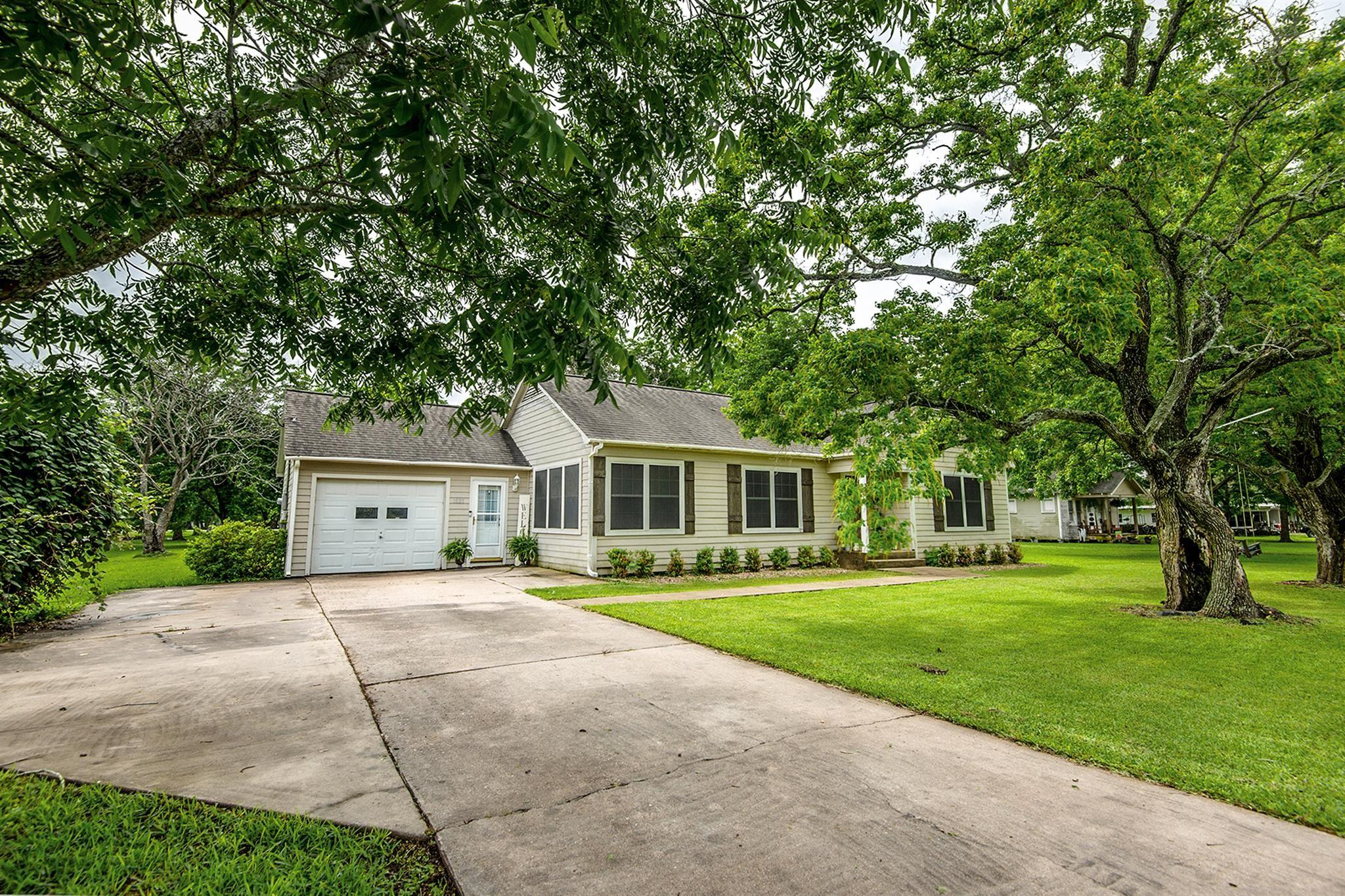 Alena.area Real Estate Listings Main Image