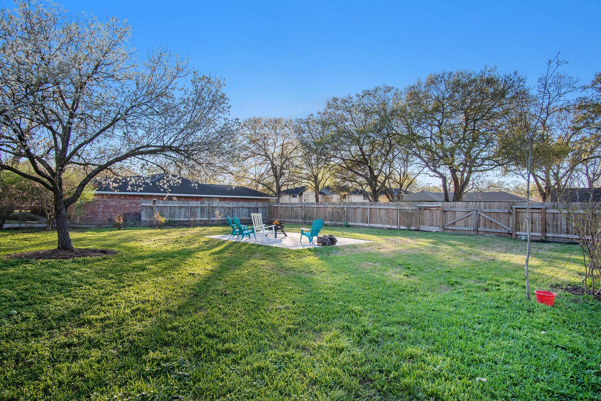 10307 Cliffwood Drive Property Photo