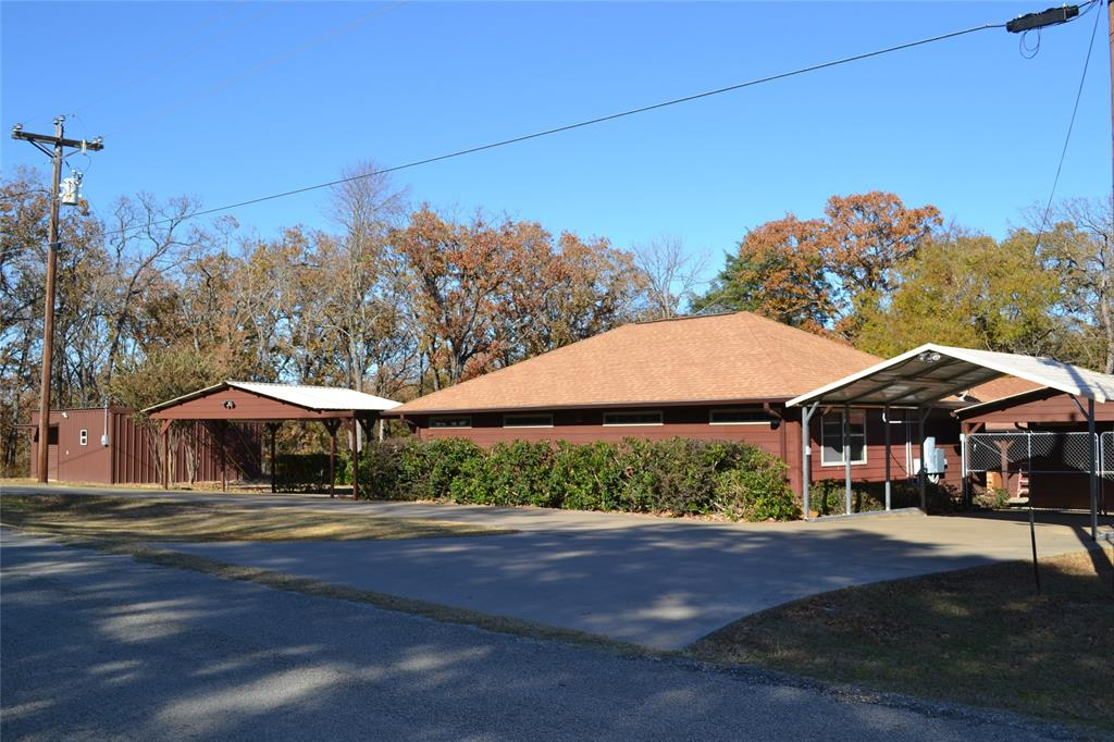140 Kingswood Drive, Streetman, TX 75859 - Streetman, TX real estate listing