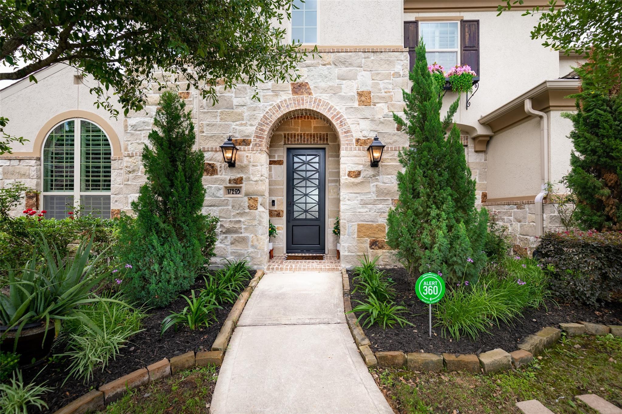 17203 Endel Way Property Photo