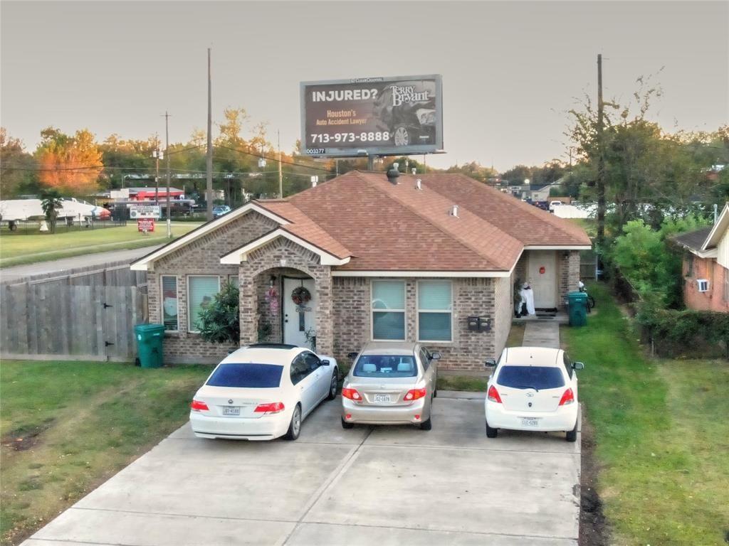 2738 Yale Street Property Photo - Pasadena, TX real estate listing