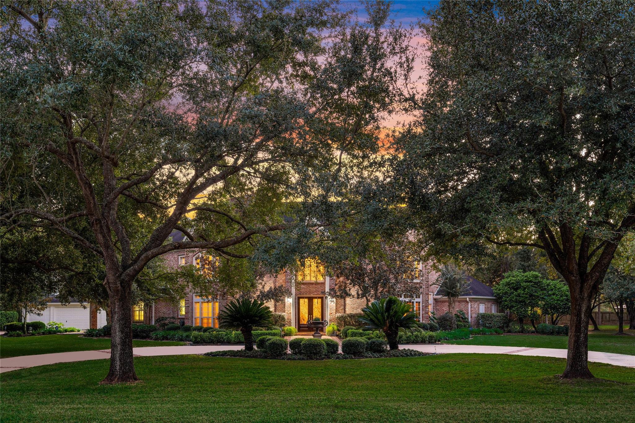 3012 S Saddlebrook Lane Property Photo - Katy, TX real estate listing