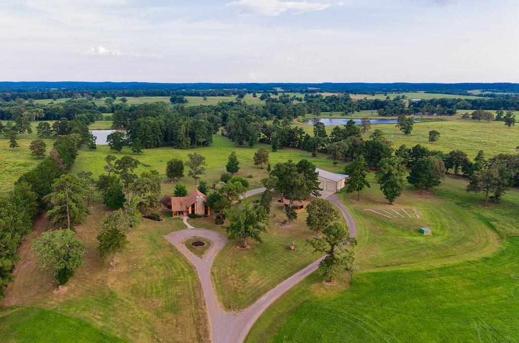 376 Hardy Bottom Road Property Photo - Huntsville, TX real estate listing