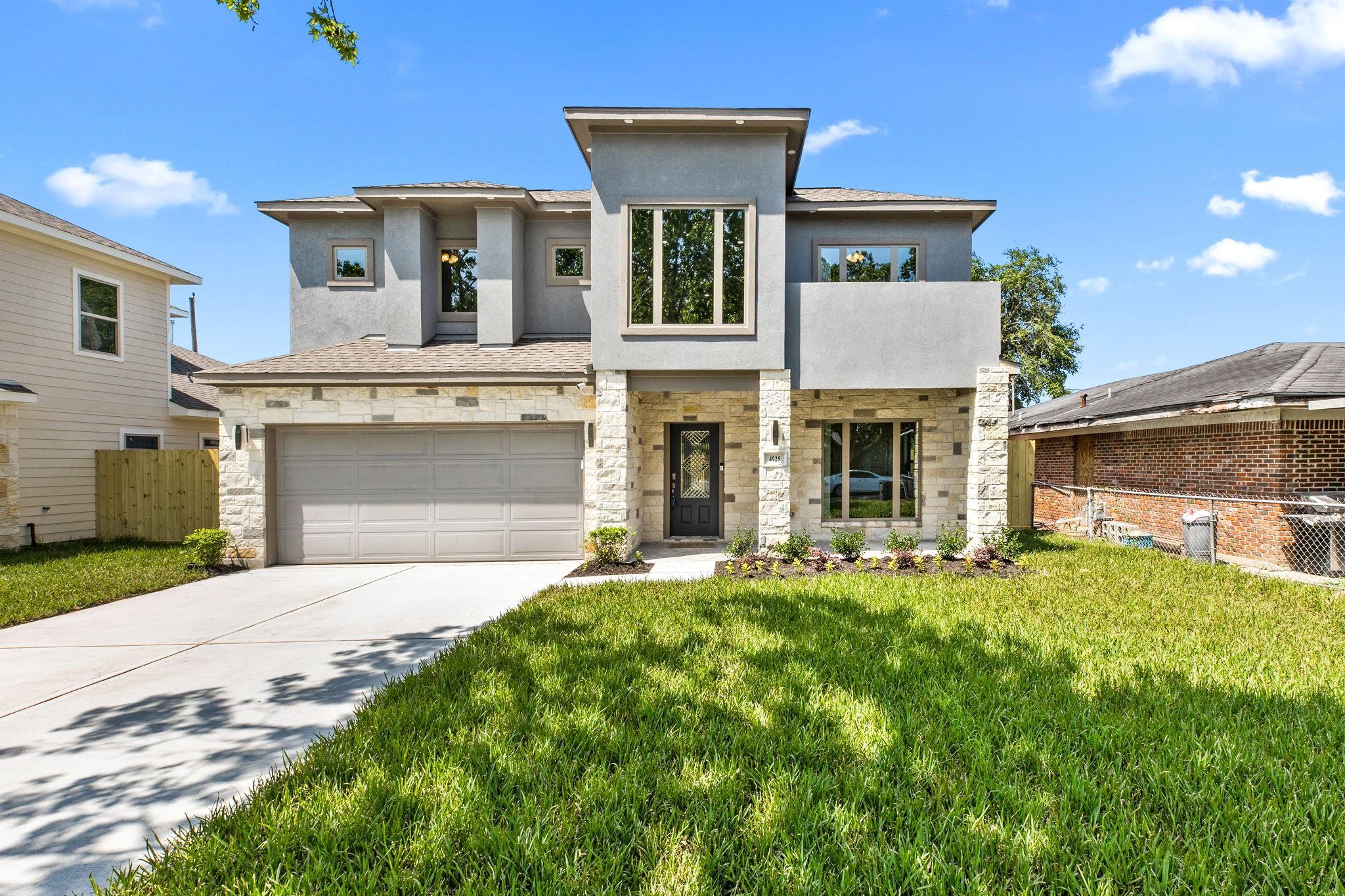 4925 Redbud Street Property Photo