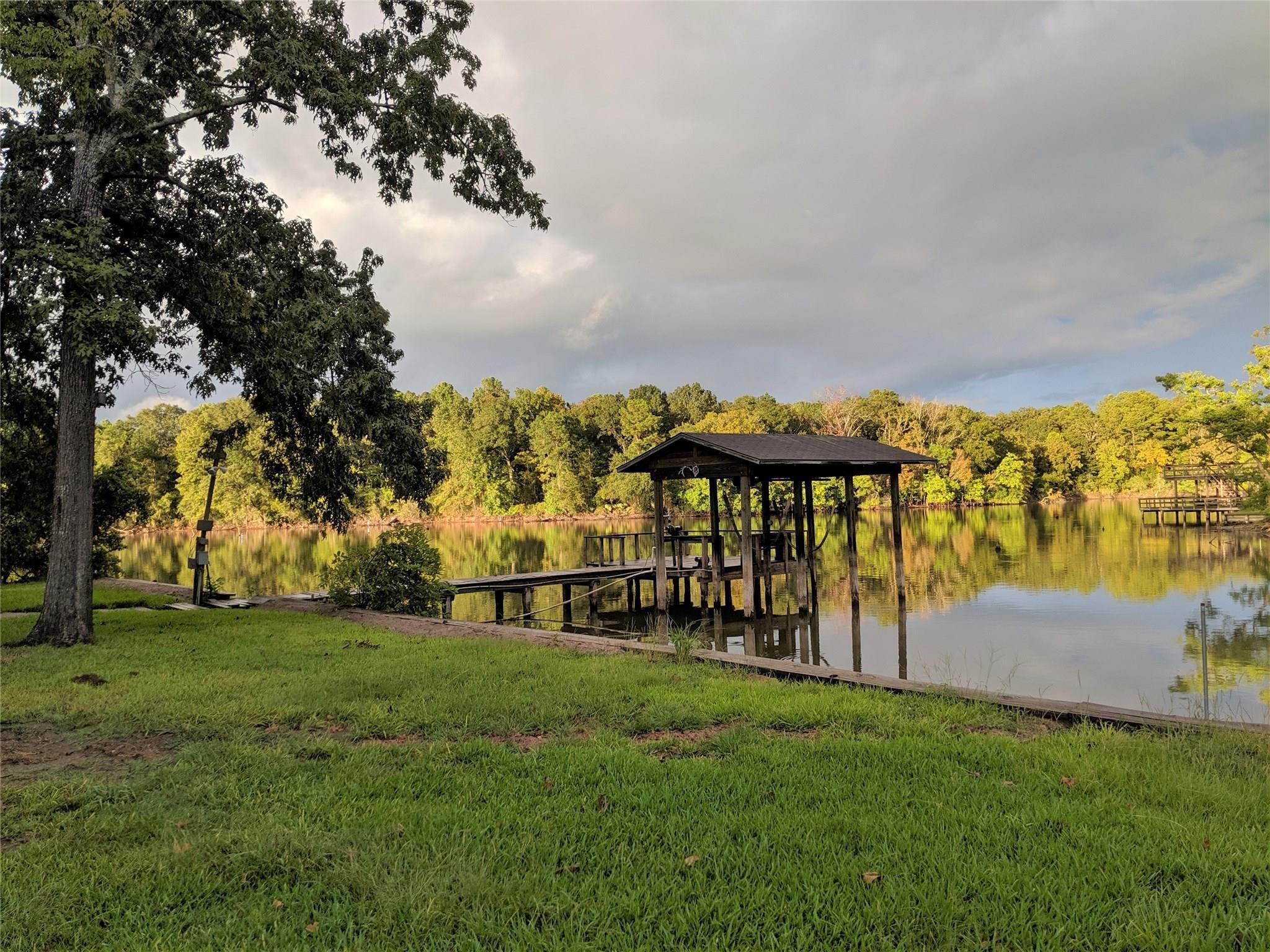 1420 Lakeside Drive Property Photo