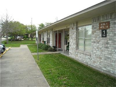 2501 Davis Street Property Photo - Taylor, TX real estate listing