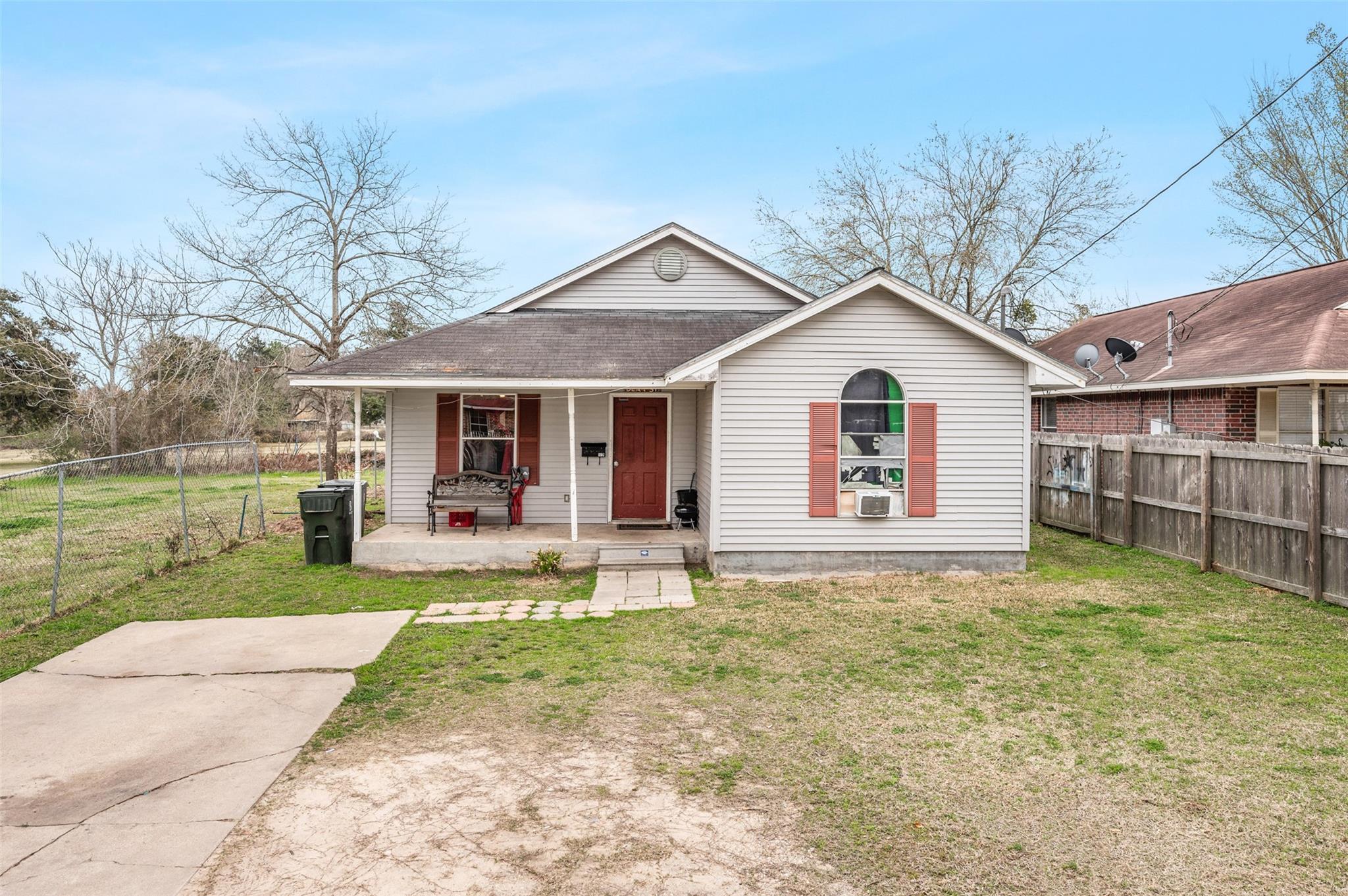 507 Dean Street Property Photo