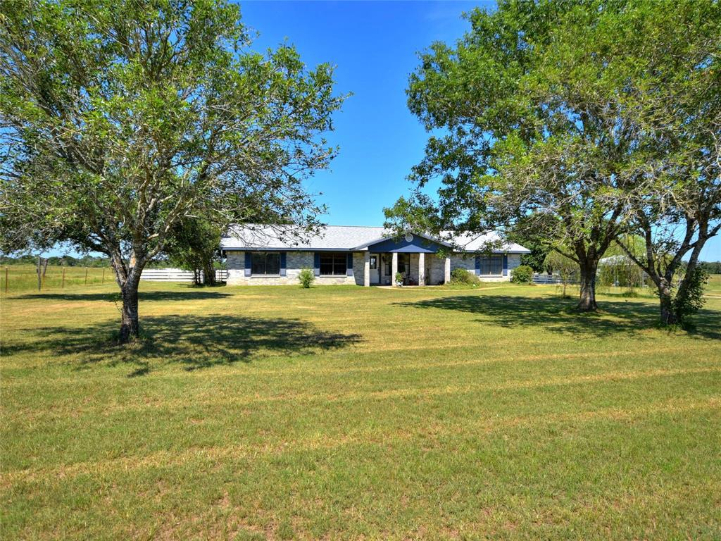 1986 County Road 113, Giddings, TX 78942 - Giddings, TX real estate listing