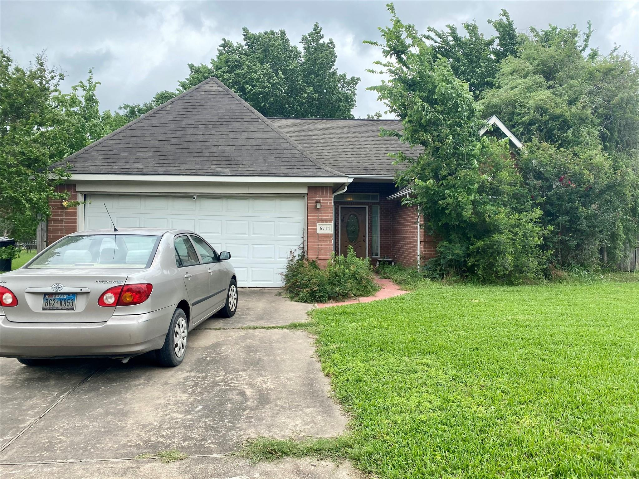 6714 Whitton Drive Property Photo