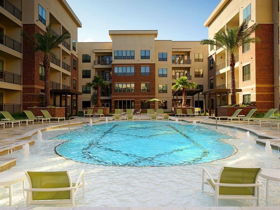 1301 Richmond Avenue #554 Property Photo - Houston, TX real estate listing