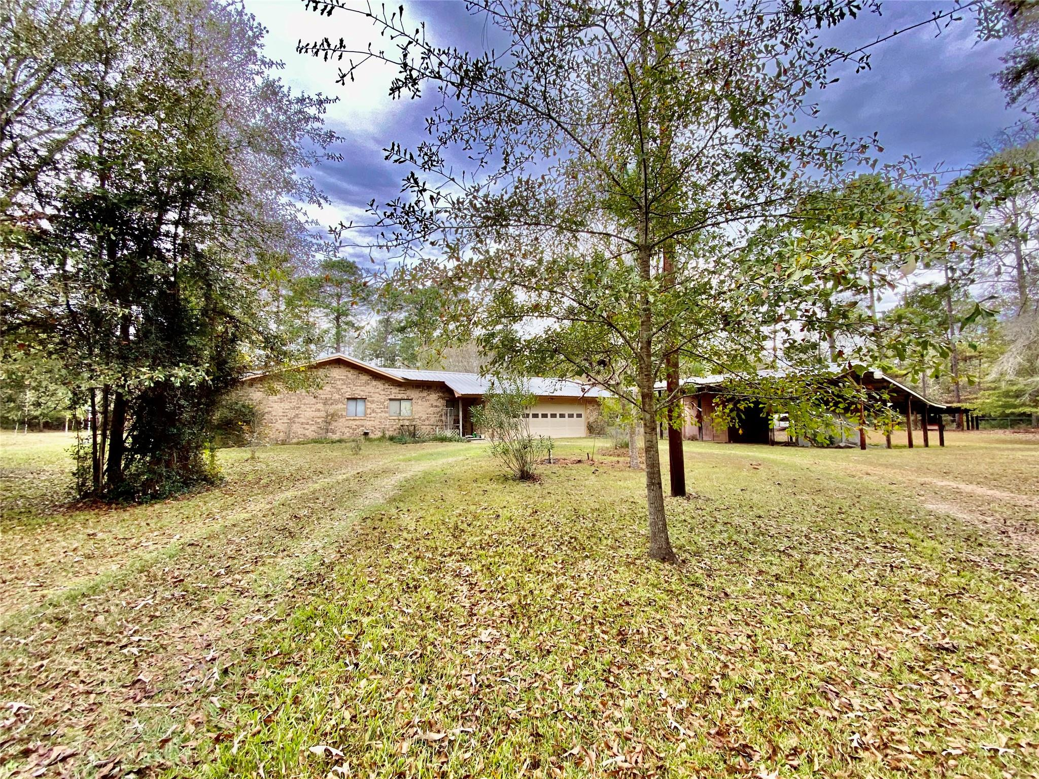 297 County Road 4479 Property Photo - Warren, TX real estate listing