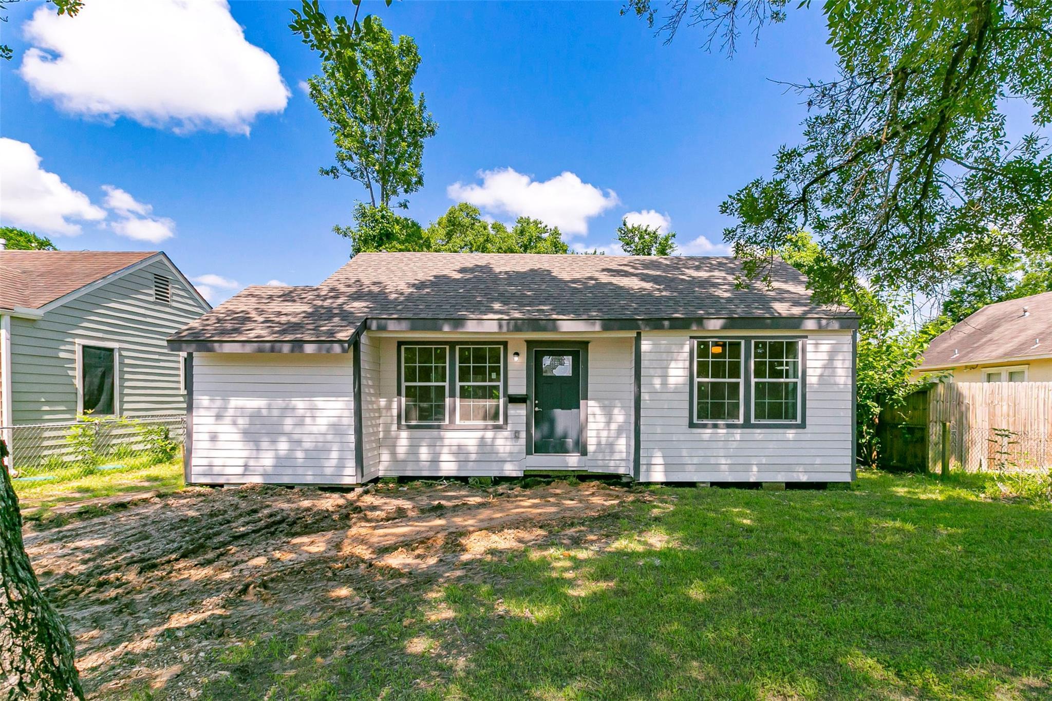 803 Wafer Street Property Photo