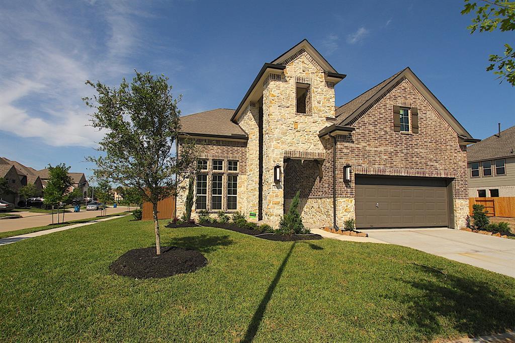 521 Pedernales Street, Webster, TX 77598 - Webster, TX real estate listing