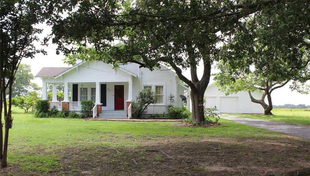 211 County Road 424 Property Photo - Marquez, TX real estate listing
