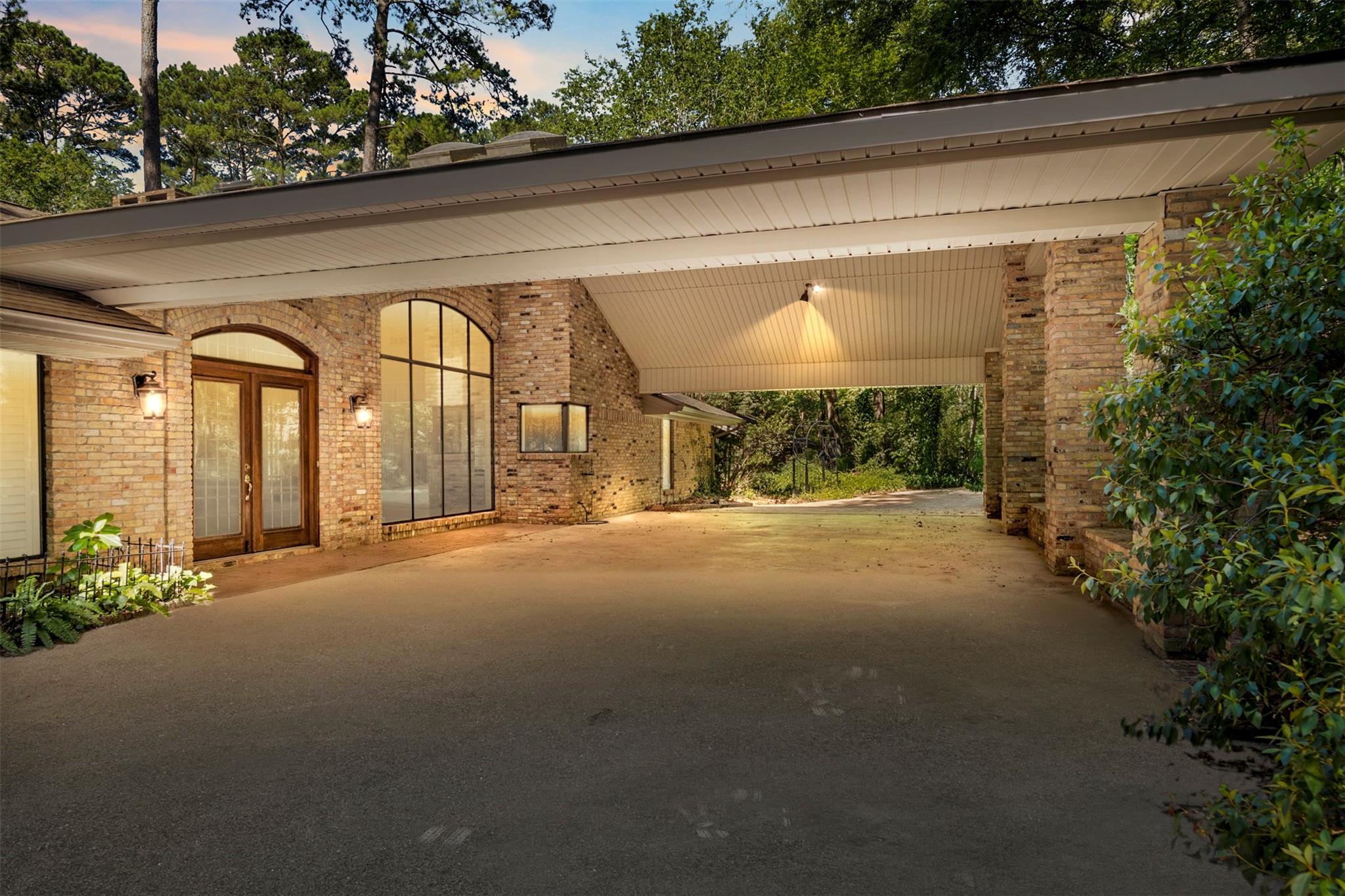 1404 Bending Brook Circle Property Photo