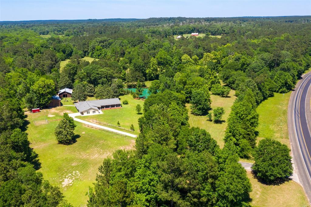 20335 Us Highway 190 E Property Photo 1