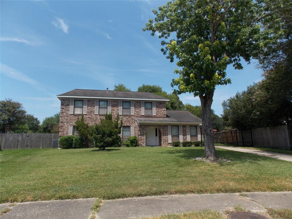 323 Wedgerock Drive Property Photo - Houston, TX real estate listing