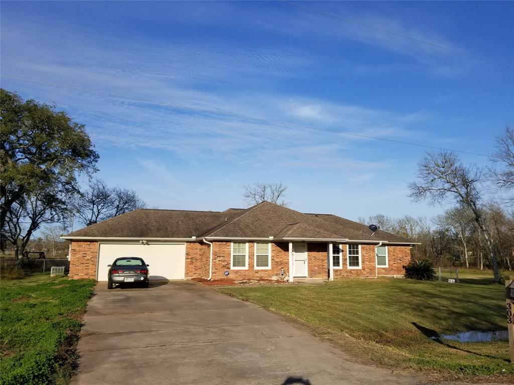 303 Cactus Street, Oyster Creek, TX 77541 - Oyster Creek, TX real estate listing